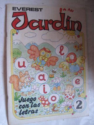 libro Everest Jardín 2 juego con las letras 1987