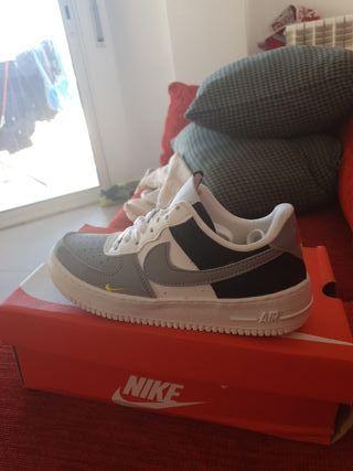 Zapatillas Nike Air force NUEVAS t.44,5 y 46 de segunda mano