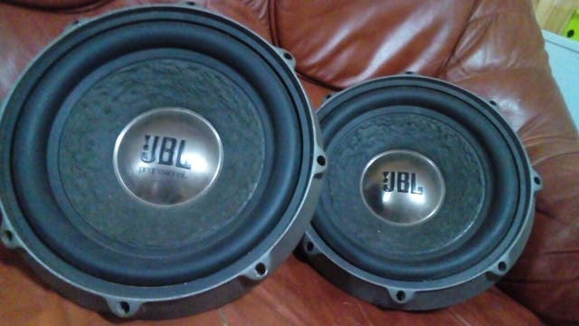 Subwoofer jbl by jarman kardon