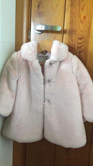 Abrigo pelo rosa niña