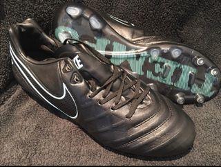 Botas de futbol Nike Tiempo Legend / 44