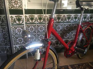 Bicicleta plegable BH antigua