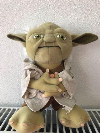 Peluche Yoda