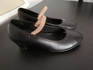 Zapatos para flamenco niña. Talla 30