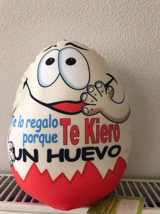 Peluche Huevo Kinder