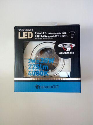 Foco LED orientable NUEVO