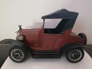 coche juguete decorativo