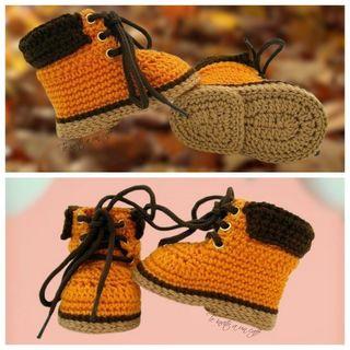 Patucos botas crochet