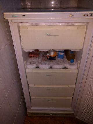 vendo congelador Aspes 2010