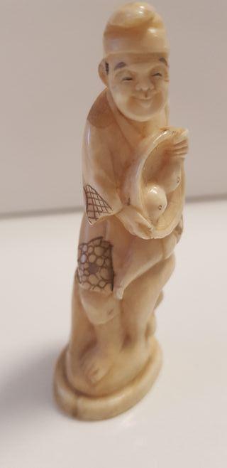 Figura de marfil 8 cm