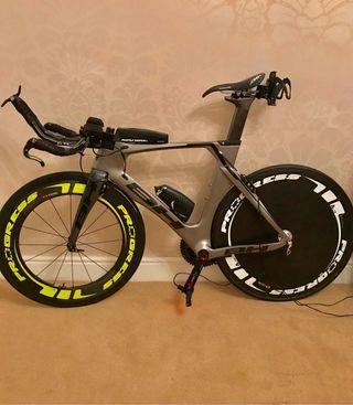 Bicicleta triatlón - Contrarreloj BH AEROLIGHT.