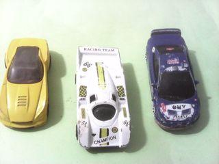 Lote de 3 coches , 2 majorette y 1 hot wheels