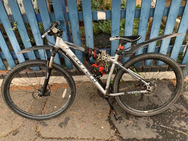 Correra hellcat mountain bike