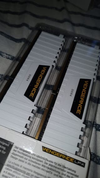 Memoria Ram 2x8 (16Gb) 2666Mhz