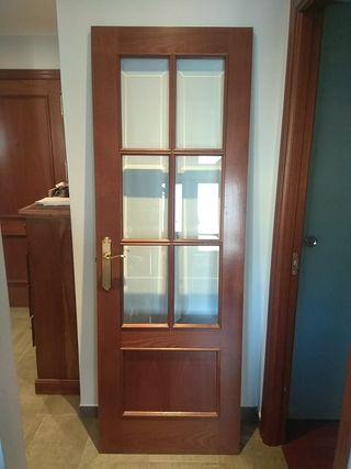 puerta acristalada