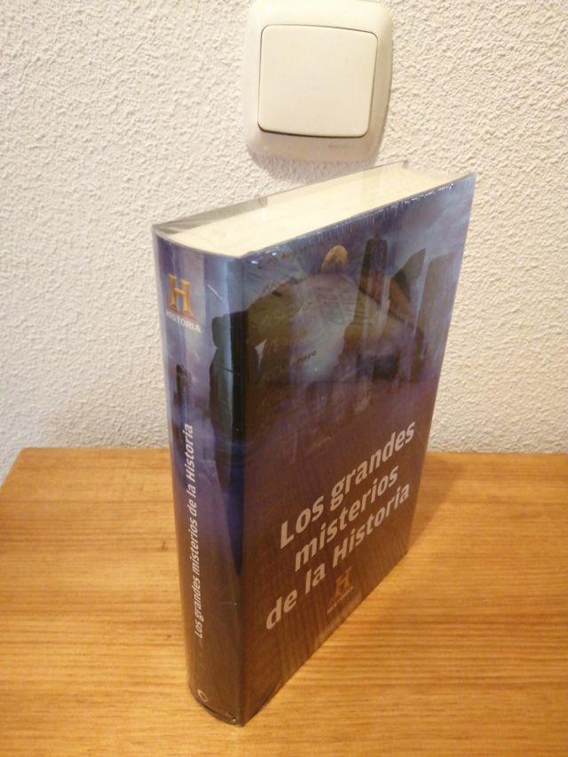 """LIBRO """"LOS GRANDES MISTERIOS DE LA HISTORIA"""""""