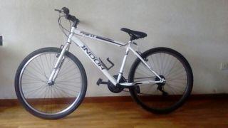Bicicleta de monataña