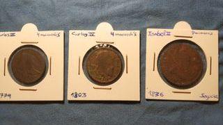 3 monedas Borbones.