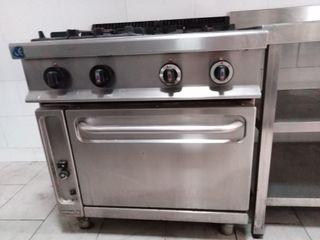 Campana y cocina restaurante