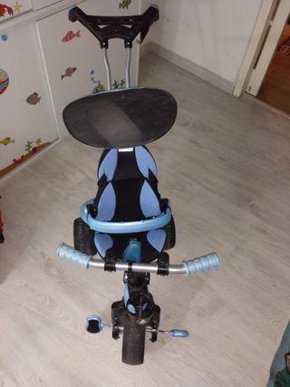 Triciclo para bebe o niño.