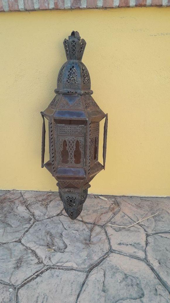 farol arabe moruno antiguo