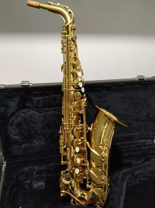 Saxo alto Yamaha YAS 32