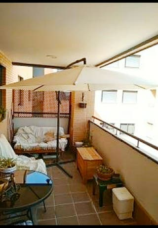 Sombrilla de jardín o terraza