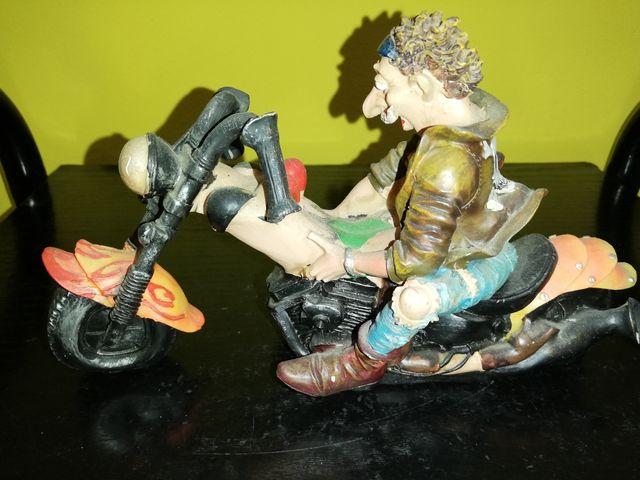 Figura decoración moto