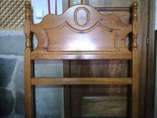 Cabecero de cama provenzal