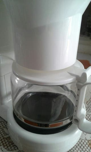CAFETERA SOLAC BLANCA