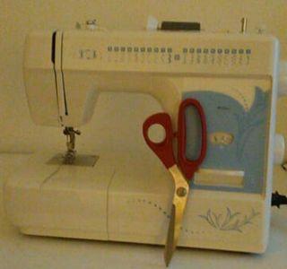 Maquina de coser, tela,