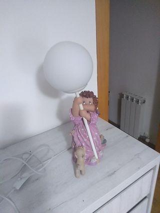 figura lámpara infantil