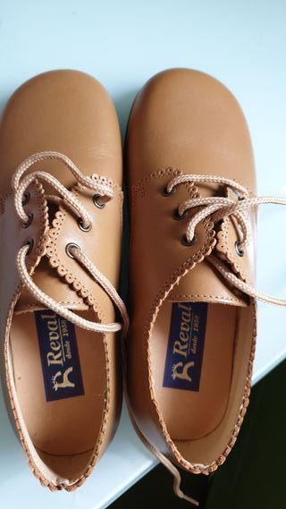elegante y elegante en venta personalizadas 3c0261221c zapatos joven niño talla 37 38 kiabi ...
