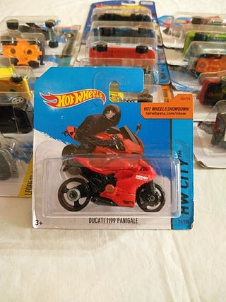 hot wheels 2014 (5×4 el 5 de regalo)