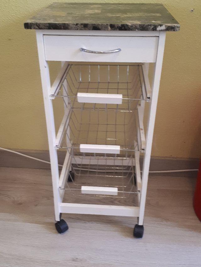 Mueble auxiliar de cocina de segunda mano por 15 € en Toledo ...