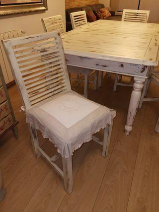 Mesa y sillas de comedor. Precio flexible.