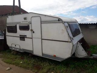 se busca caravana vieja