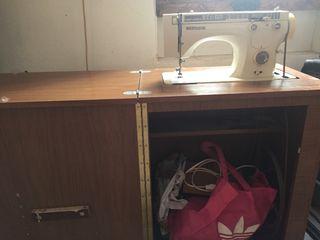 Maquina de coser. WERThEIM