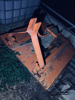 Desbrozadora cadena tractor mediano o grande