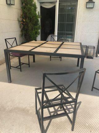 Mesa de comedor hierro y mármol