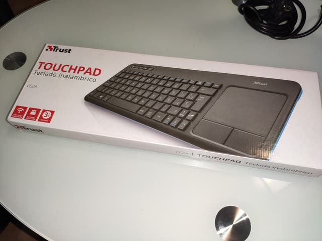teclado trust veza bluetooth inalambrico tv smartv
