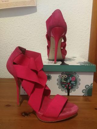 zapato Zara de tacón