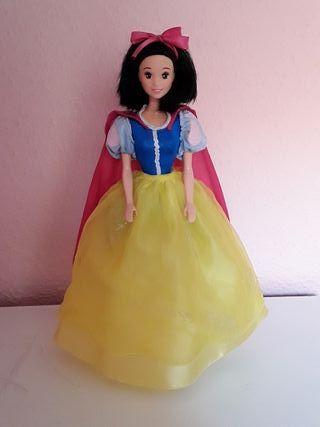 Barbie Muñeca Blancanieves Mattel