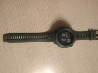 Vendo reloj deportivo Garmin Instinct