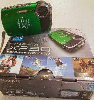 Fujifilm Green FinePix XP30 14MP