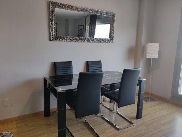 Vendo mesa comedor + 4 sillas + espejo de segunda mano por ...