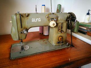 Máquina de coser industrial Alfa 100-300