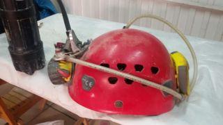 casco espeleología