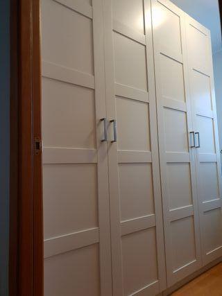 Doble armario 2 metros x 2,40 de alto