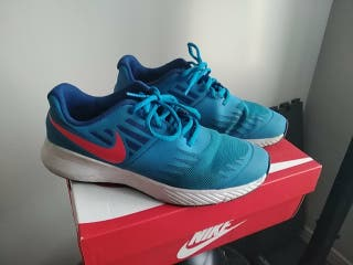 Zapatillas o Bambas Nike 37.5 poco uso.